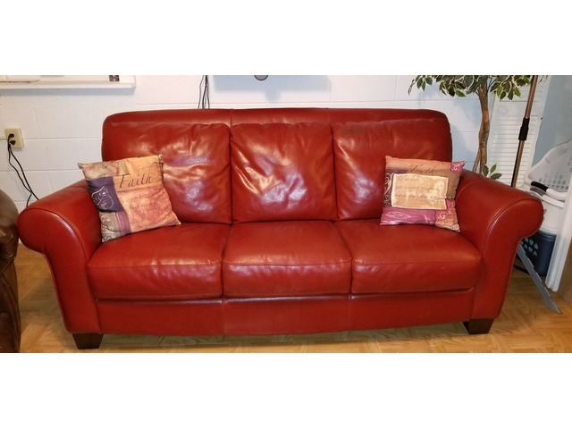 Astonishing Red Leather Sofa Couch In Avery County North Carolina Pabps2019 Chair Design Images Pabps2019Com